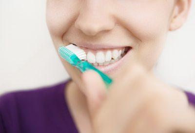 ¿Cuántas veces hay que lavarse los dientes?