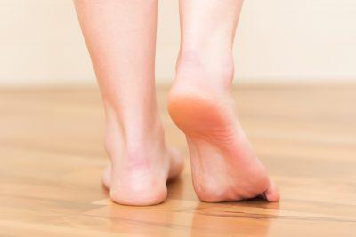 Los pies planos son comunes entre bebés y niños pequeños.