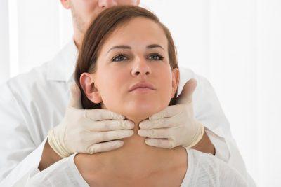 El hipertiroidismo se debe a un aumento de hormonas tiroideas